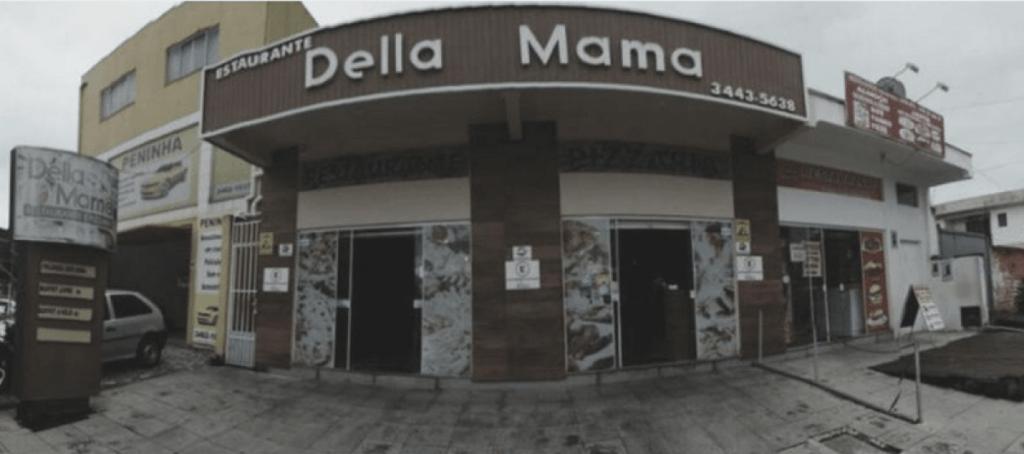 Faxada restaurante Della Mama